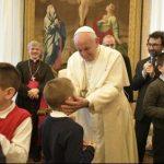 Recolher-se em oração e, com o mesmo entusiasmo dos pastores, olhar para o Menino Jesus, recomenda o Papa. Foto Vatican News